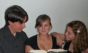 Stanford students Zach O'Keeffe & Chana Rose Rabinovitz & Natalia Birgisson