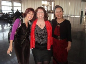 thor Elisa Southard & director Kathryn McCarty & actress Teresa LeYung Ryan at Vagina Monologues